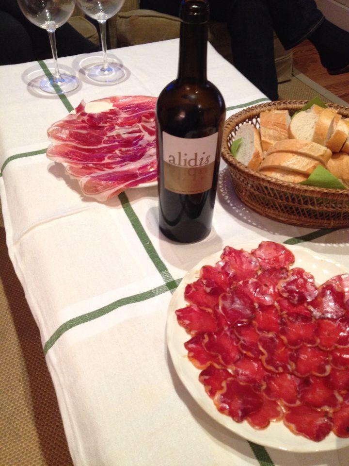 """Buen vino , """"Expresión"""" de Alidis , viña Mambrilla."""
