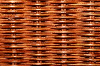 Instructions for Painting Wicker Furniture