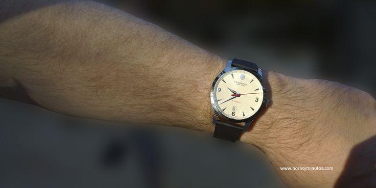 Un nuevo vídeo de un reloj de Victorinox, que la verdad en este 2014 ha celebrado su aniversario con lanzamientos más que encomiables.