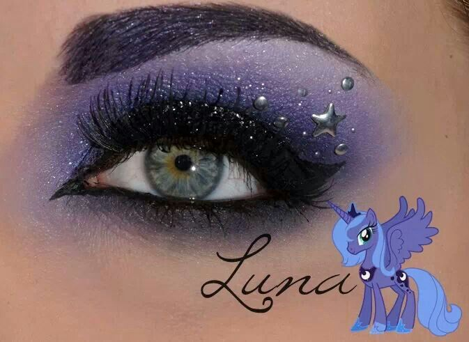 My little pony princess Luna! I'm planning on being princess luna/the goddess Hecate for halloween so I can totally do this!