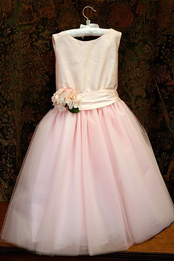 Windy Girls Dress with Tulle Skirt - Isabel Garreton