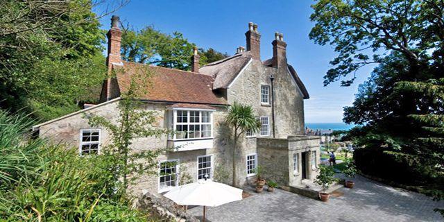 The charming Hillside Hotel in Ventnor on the Isle of Wight #seasidehotel #seaviews #amazingviews #hotel