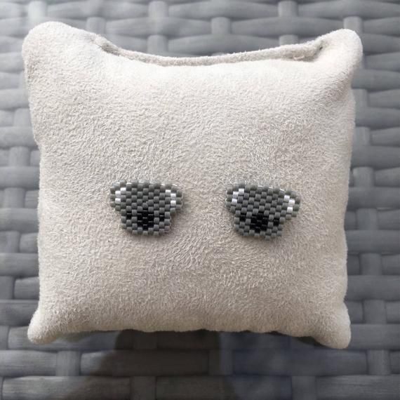 BO koala head ear studs – mini – Miyuki beads – minimalist pair Stud piercing stud earrings. Earring animals
