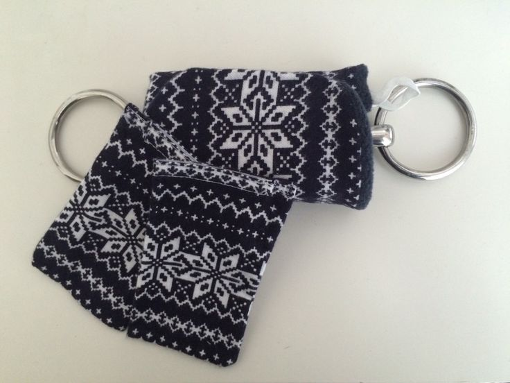 Horseback Riding Pocket Bit Warmers with refillable heat packs!  NAVY fleece with snowflake flannel by TheStitchingHorse on Etsy https://www.etsy.com/listing/252297638/horseback-riding-pocket-bit-warmers-with