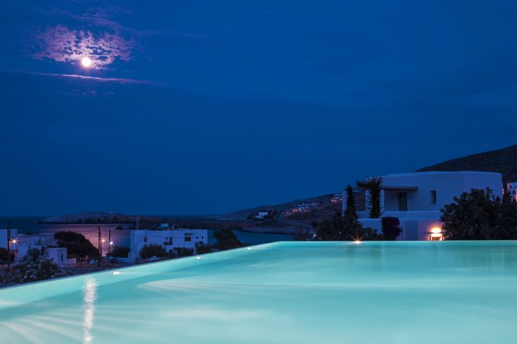 See this tree-shaped moon? #AnemiHotel #Folegandros