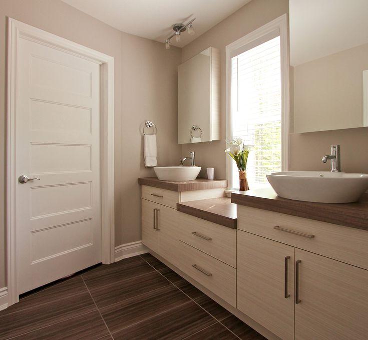 Meubles de salle de bain sur mesure vanit s armoires for Porte meuble salle de bain sur mesure