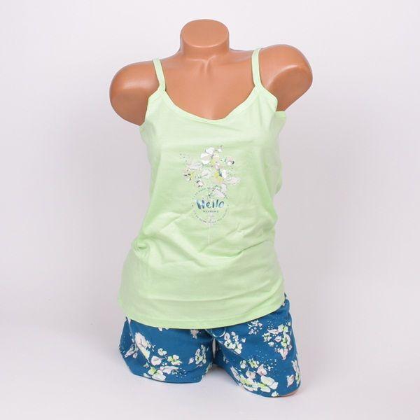 Памучна дамска пижама в два тона зелено и цветя. Горната част е потник с тънка презрамка в светло зелен цвят и малка апликация отпред. Къси панталони в петролено зелен цвят обсипани със свежи цветя в светло зелено и розово.