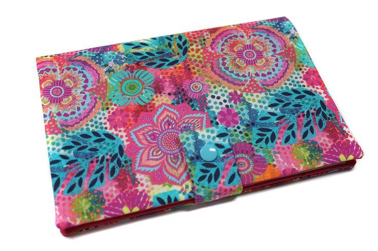 Voici ce que je viens d'ajouter dans ma boutique #etsy: protège carnet de santé en tissu coloré http://etsy.me/2hT8z2R