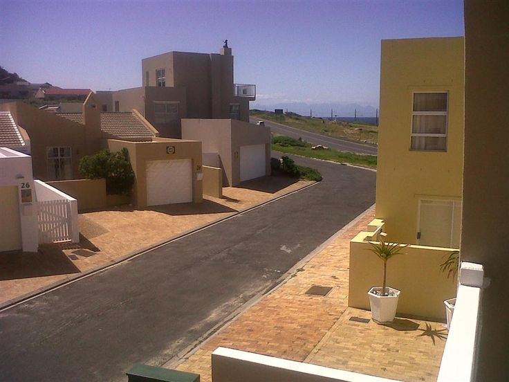 #Glenbeachvilla - Self-catering House in Glencairn, Simon's Town, Cape Town, South Africa
