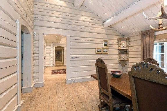 HAFJELL: Herskapelig hytte m/høy standard - Garasje - Oppført