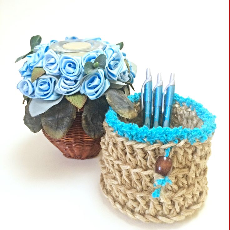 Crochet jute basket with turquoise accent. great for pencils and pot plants!