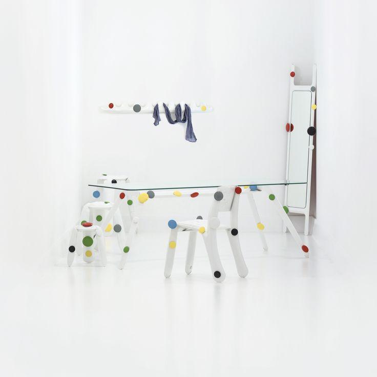 Presentation about hangers: http://zieta.pl/zieta_HANGERS.pdf  https://shop.zieta.pl/pl,p,,33,kamm_wieszak_na_ubrania.html