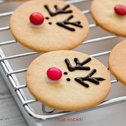 Vanilla shortbread cookies with Rudolph :) text in Polish and English