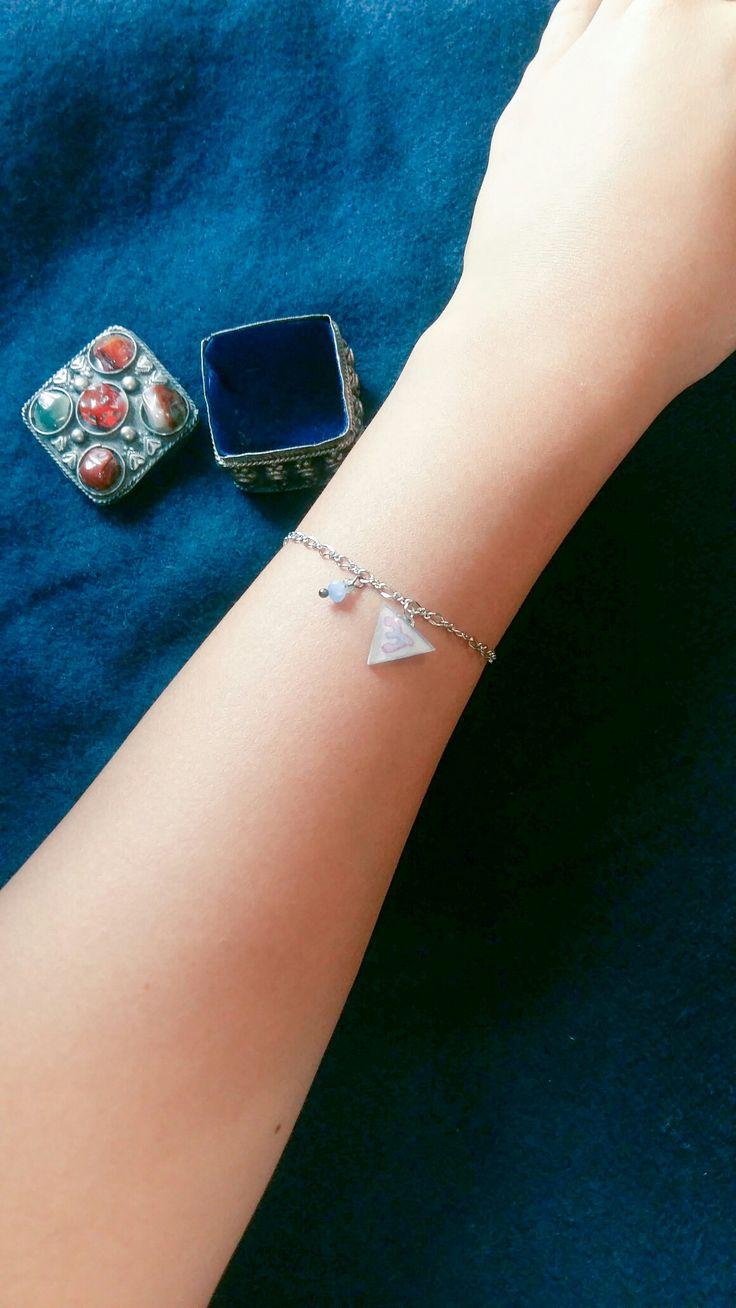 Wind drawing bracelet by Heila G