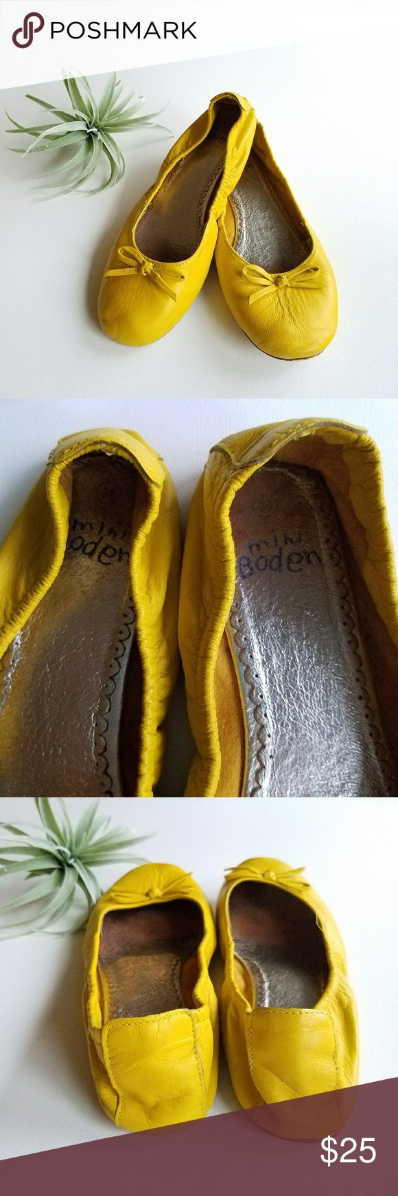 MINI BODEN Leather Flats Size 38/6 Cute sunny yellow leather flats from MINI BIDEN. Children's Size 38 (US 6). FUN. Some signs of wear to inside and soles, leather is in great condition.  Smoke free pet free home. Check out my other listings to bundle and save! Mini Boden Shoes