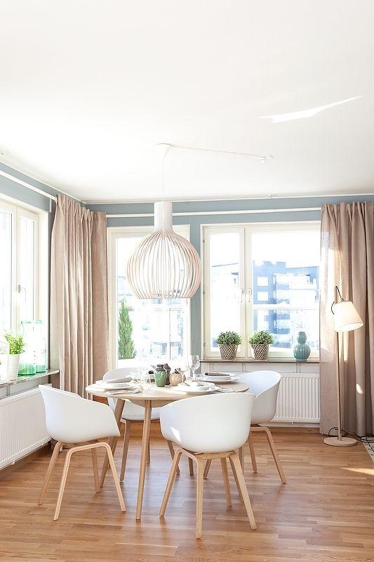 Un intérieur scandinave bleu gris