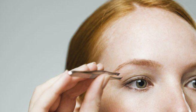 Los expertos recomiendan cómo depilarse sin dañar la piel de la cara ni las cejas, evitando la sobredepilación y sus daños.