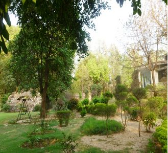 CHHATARPUR FARMHOUSE 6BHK SWIMMING POOL GARDEN,  For Rent , FarmHouse with 6 Bedrooms,   in INR 400000.00,   in Vasant Kunj.