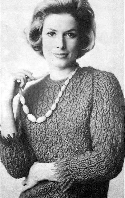 I love the stitch pattern, but I don't know about that arm fringe... 1960s Knitting - Italian Sweater