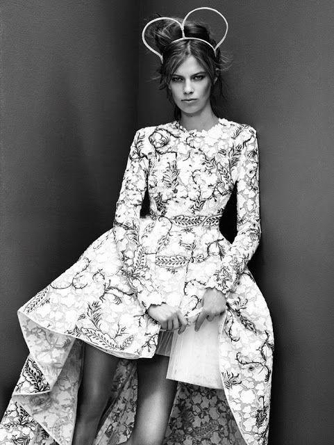 Fantasy Fashion Design: Lexi Boling da unos pasos de ballet para Vogue China