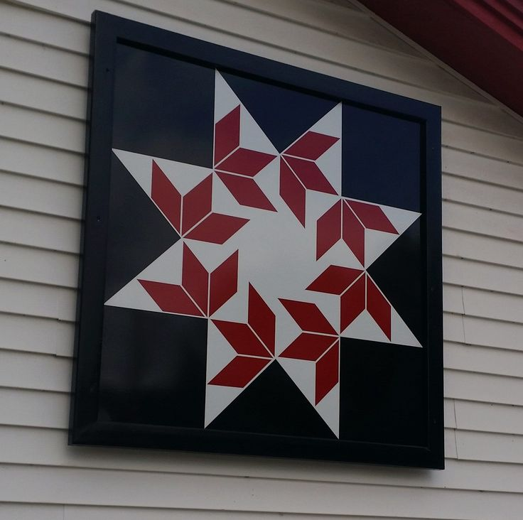 Barn Quilt  This pattern is called Flying Swallows