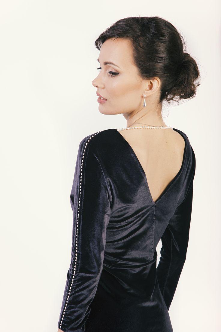 Velvet dress with beads #velvet #swarovski #blackdress #style #elegant