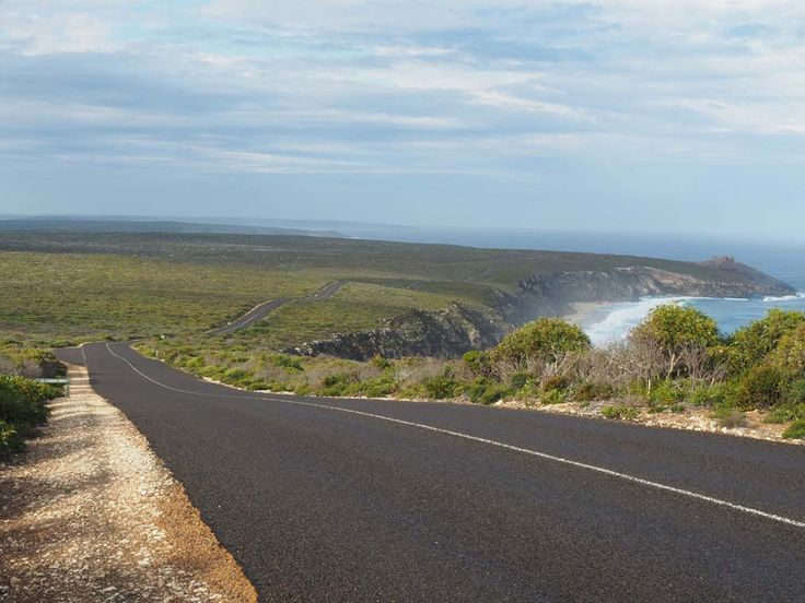 The winding Boxer Drive through Flinders Chase National Park