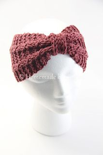 Winter Bowtie Headband is a knit pattern based on using a combination of garter stitch and mock cable sections.