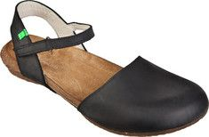 Women's+El+Naturalista+Wakataua+N412+Sandal+-+Brown+Cares+Leather+with+FREE+Shipping+&+Exchanges.+The+wooden+canoes+with+which+the+Maories+of+New+Zealand+have+written+their+