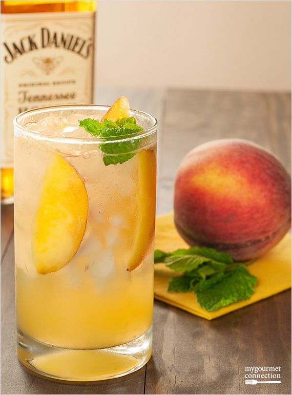 Muddled peaches and mint blended with Jack Daniel's Tennessee Honey and topped with lemon-lime soda.