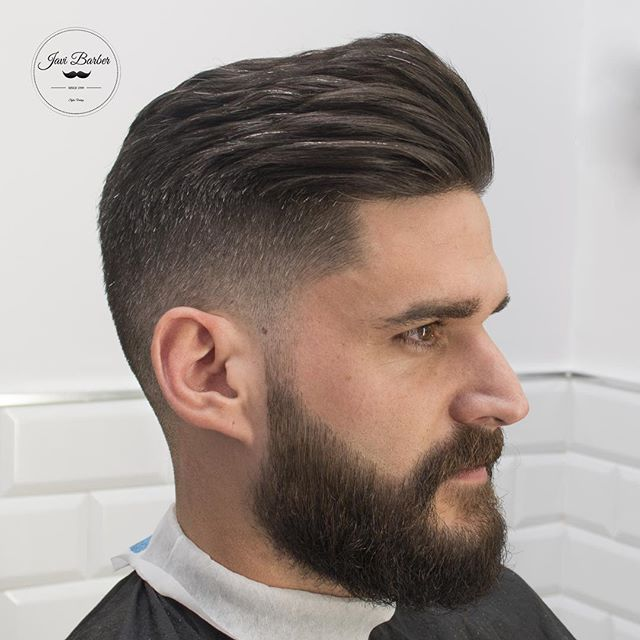 We're loving this vintage style pomp created with #Andis #Clippers by @javi_the_barber.