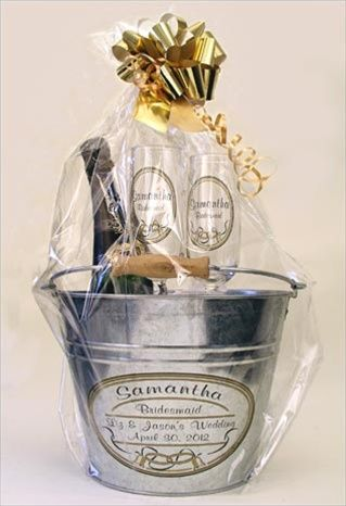 Wedding Night Hotel Gift Basket : ... Gift Guide on Pinterest Wine basket gift, Gifts and Holiday gifts