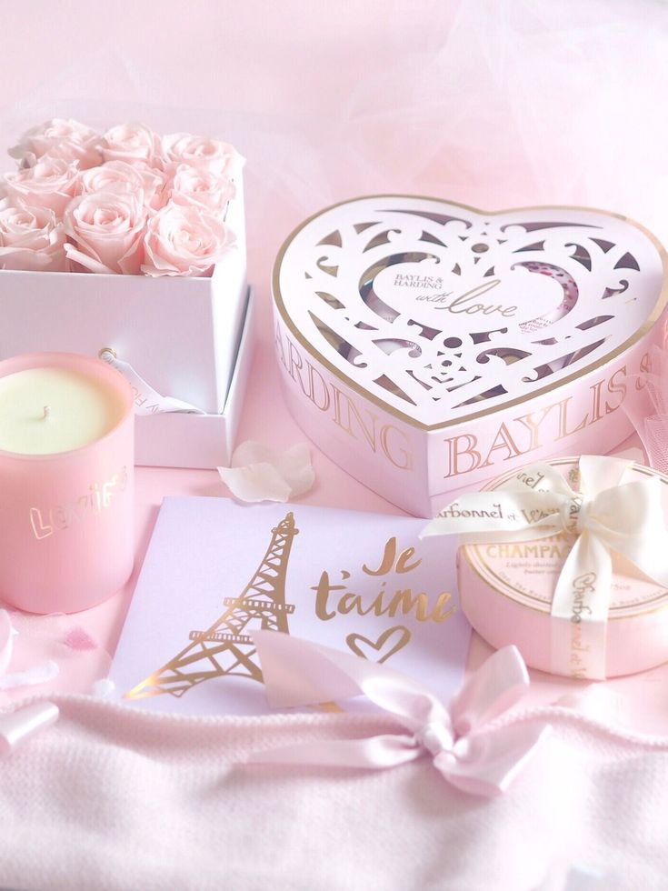 Love Is In The Air | Valentine's Day Treats