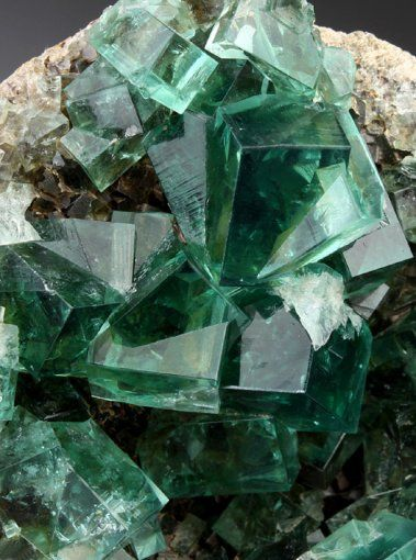 Green Fluorite is highly beneficial for clearing negative energy from the environment and brings cleansing, renewal, and a spring-like freshness to the chakras. It inspires new ideas, originality and quick thinking. Particularly healing to the Heart Chakra, this mineral brings information from the subconscious, and helps the emotional body understand issues of the heart, both current and of the past.