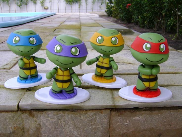 Kawabanga! The Teenage Mutant Ninja Turtles made in cold porcelain (based on the work of Evilsherbear on Deviantart - http://evilsherbear.deviantart.com/art/Mini-Munny-Mikey-108882130?q=1&qo=1 )