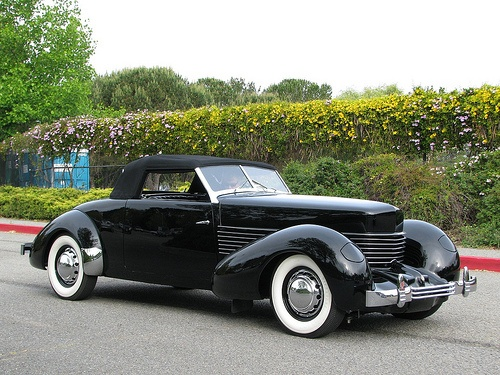 88d28017c3e0955042ddbcd44a36bf92 anne frank gentleman 1510 best old cars images on pinterest old cars, vintage cars 1937 Cord at webbmarketing.co
