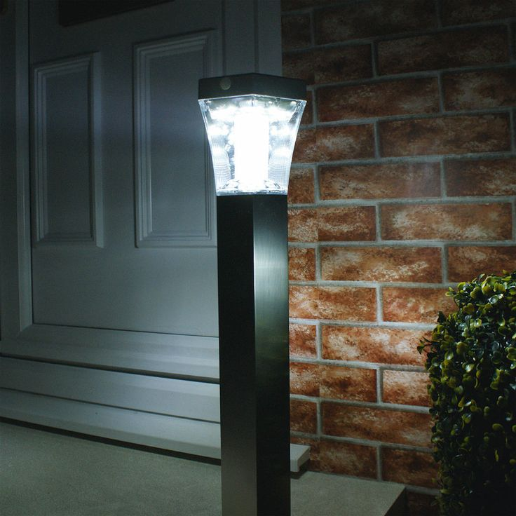 Solar 13 Led Path Security Lamp Post Light Outdoor Garden