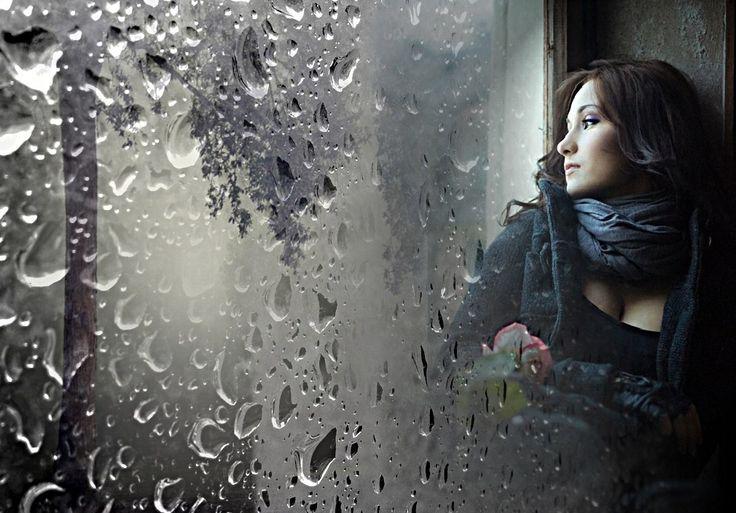 Ах, как бывает трудно по ночам, Когда снаружи барабанит дождь, Когда, оставив маску, сильная мадам Становится вдруг слабой, ощущая дрожь!   Ах, как бывает трудно по ночам, Когда бессонница и мысли налетают, Когда снотворное и виски пополам, Проснешься завтра? Нет? Кто знает…   elozinskaya.ru #Стихотворение #стихиожизни #стихипрожизнь #стихиолюбви #стихипролюбовь #стих #стихи #творчество #литература #поэтгода #поэтесса #поэзия #евгениялозинская #elozinskaya