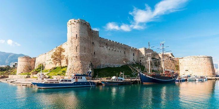 239 € – Zypern: 8 Tage Studienreise inkl. 5*-Hotel & Flug -- Sandstrände, Steilküsten und kristallklares Wasser. Dazu eine Geschichte, von der byzantinische Klöster und türkische Moscheen zeugen – das alles ist Zypern. Freuen Sie sich auf die Kombination aus Natur und Kultur.    Für 239 € pro Person begeben Sie sich auf eine 8-tägige Entdeckungsreise zu den Highlights Nord-Zyperns.