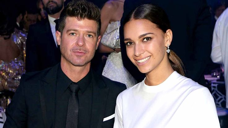 Robin Thicke's Girlfriend April Love Geary Shows Off Small Baby Bump In Barely There Bikini #AprilLoveGeary, #RobinThicke celebrityinsider.org #Music #celebritynews #celebrityinsider #celebrities #celebrity #musicnews