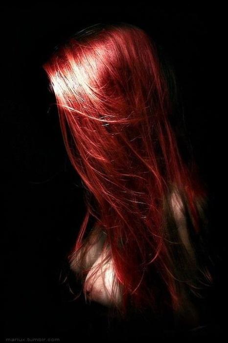 Rood geverfd haar http://www.tipsvoorhaar.nl/haartypes/gekleurd-haar