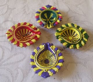 Easy Crafts - Explore your creativity: Painted diyas for Diwali