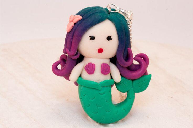 Een persoonlijke favoriet uit mijn Etsy shop https://www.etsy.com/nl/listing/514912760/zeemeermin-ketting-ombre-haar-als-cadeau