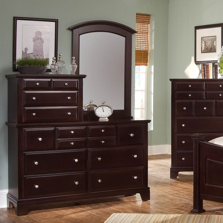 Cedar Drive 10 Drawer Dresser with Mirror (With images ...