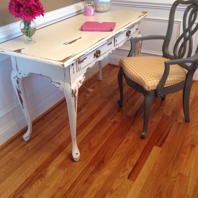 Queen Anne Desk Pretty Light Cream Color With A Heavy Distressed Finish Custom Work We Did In 2018 Pinterest Furniture And Painted