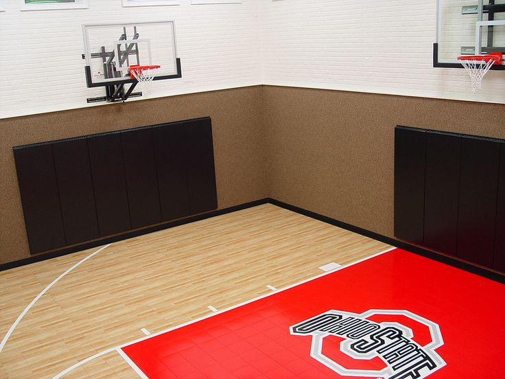 Here Is A Home Gym Using First Teamu0027s Adjustable RoofMaster Basketball  System, PowerMount Wall Mounted