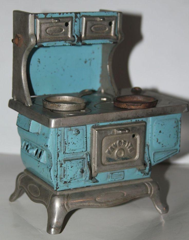 Antique Cast Iron Toy or Salesman Sample
