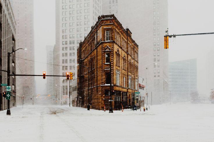 Stormin' Norman - Heavy snow in Detroit. December 2016.
