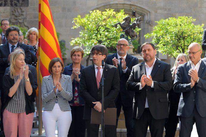 Carles Puigdemont, a annoncé qu'il organiserait le 1er octobre un référendum sur l'indépendance de sa région du nord-est de l'Espagne, en dépit de son interdiction par la justice.