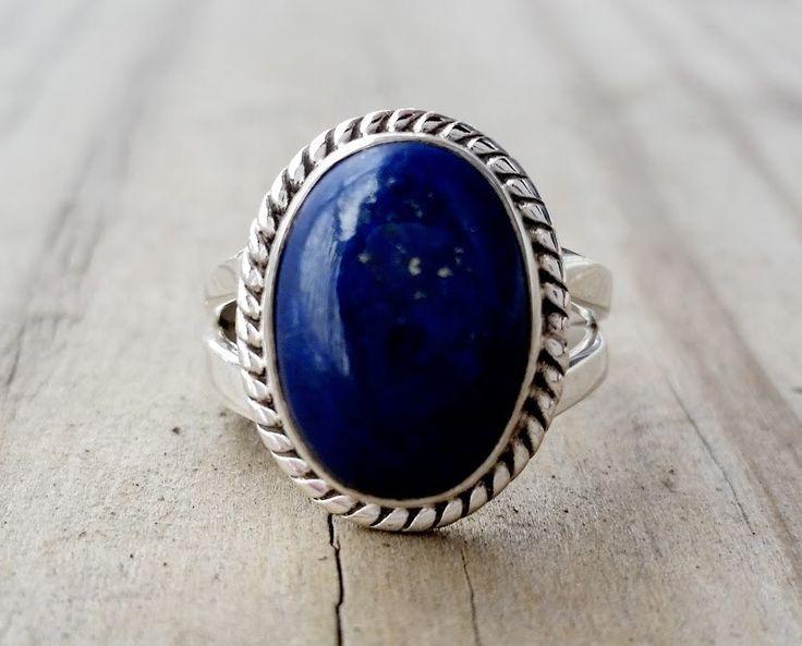 Bague Lapis - bleu Lapis Lazuli, bague - bijoux Lapis - bague en argent - bague - bague Pierre bleu - népalais tibétain bijoux de pierre gemme par HimalayanTreasure sur Etsy https://www.etsy.com/fr/listing/259212154/bague-lapis-bleu-lapis-lazuli-bague